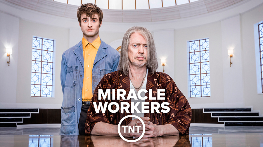 Miracle Workers 1x01 Vose Disponible
